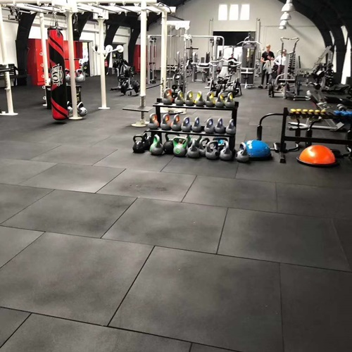 Gym rubber floor tiles  case